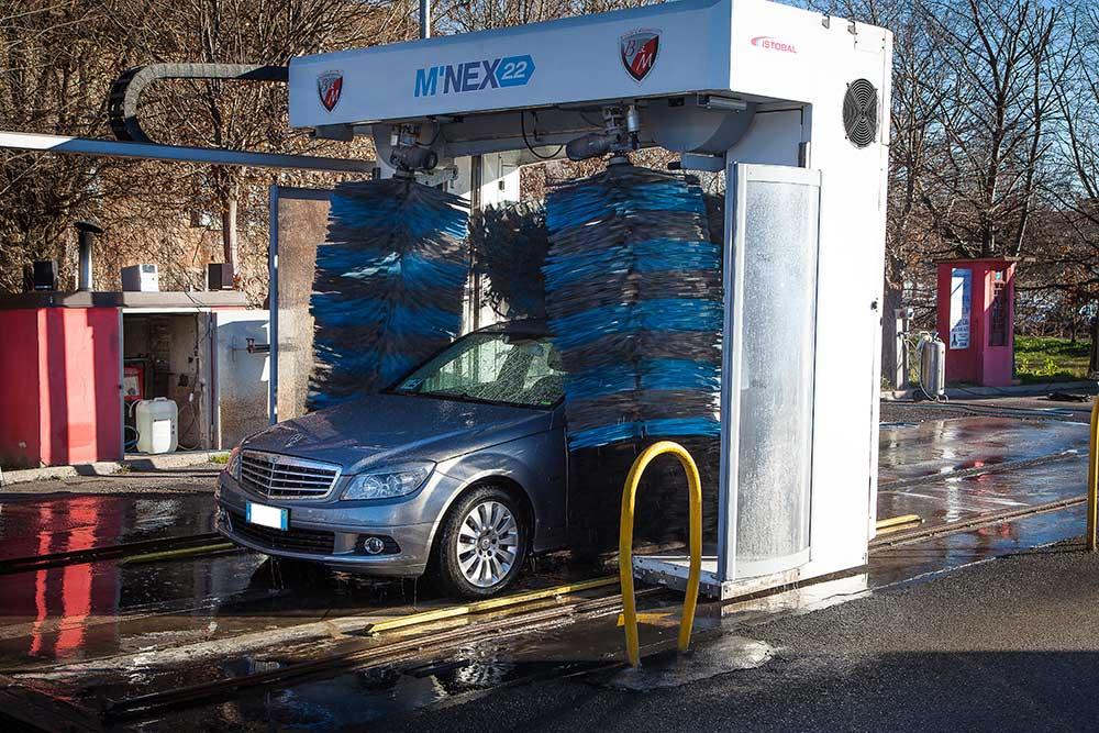 autolavaggio modena e provincia, fare benzina a modena, autolavaggio self service h24